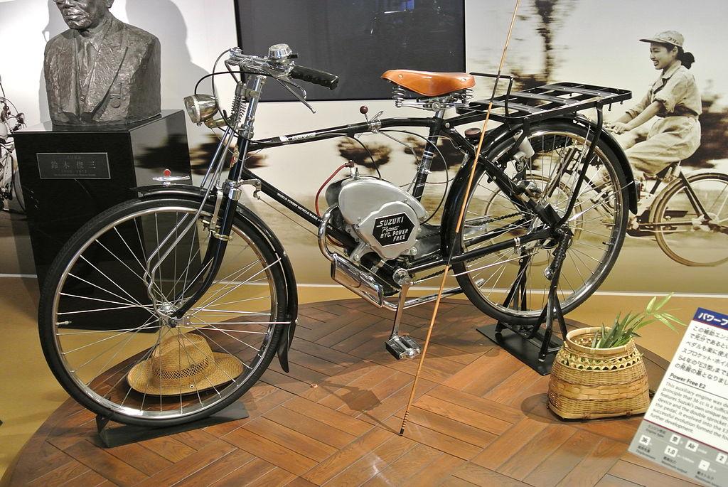 Lebih Detail Melihat Motor Pertama Suzuki, Power Free 1951